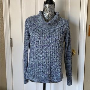 American Eagle Outfitters Turtleneck